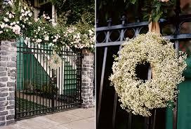 wedding wreath diy baby s breath wreath from loop flowers snippet ink