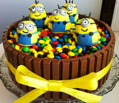 minion kit kat cake recipe easy video instructions