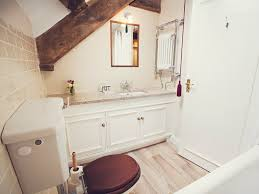 Chic Toiletries Coity Cottage Coity Cottage In Brecon 6 6 Mls Se