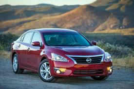 toyota corolla vs nissan altima 2015 nissan altima 2015 toyota corolla among best lease deals in