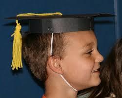 kindergarten graduation hats 25 best kindergarten graduation images on graduation