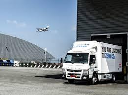 mitsubishi trucks mercedes testing eight e cell fuso canter trucks cleantechnica