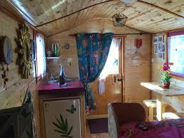 chambre d hote ain chambres et roulotte de la gentilhommière chambres d hôtes chazey