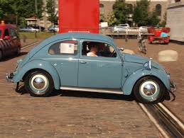 beetle volkswagen blue file blue vw beetle jpg wikimedia commons