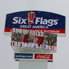 I Lost My Six Flags Season Pass Six Flags Scores Viral Hits On Social Media This Off Season
