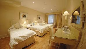 See Photographs Of Our London Hotel - London hotels family room