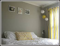 gray and yellow bedroom diy show off diy decorating and home