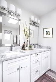 Cool Bathroom Mirror by Best 25 Modern Bathroom Mirrors Ideas On Pinterest Lighted