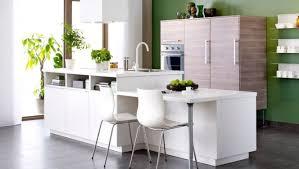 cuisine blanche et verte cuisine blanche et verte avec îlot par ikea http m habitat