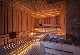 sauna in bagno sauna o bagno turco a ognuno il suo unadonna