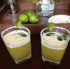 pineapple mojito recipe pineapple mint tequila mojito chez cateylou
