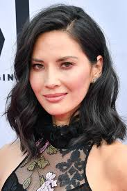 hair parting how to figure out where to part your hair instyle com