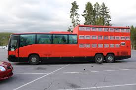 Wyoming travel buses images Triple decker bus from alaska yellowstone np wyoming bus jpg