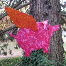 buy a hand crafted metal garden art when pigs fly garden decor