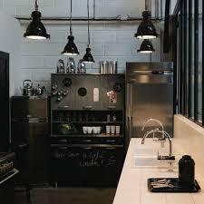 customiser des meubles de cuisine repeindre cuisine ikea top diy pour customiser un meuble en bois