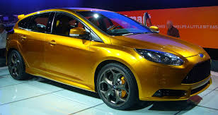 ford focus st yellow file ford focus st front quarter 2 jpg wikimedia commons