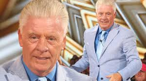 derek acorah finishes in fourth place and is kicked out in the