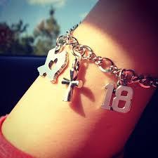 birthday charm bracelet 88 best avery charm bracelets images on