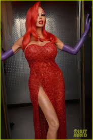 jessica rabbit heidi klum transforms into jessica rabbit for halloween 2015