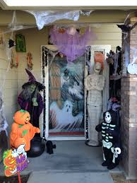 front door halloween decorations 35 great halloween front door