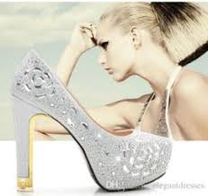 beautiful white lace wedding shoes low heel shoes pearl bridal