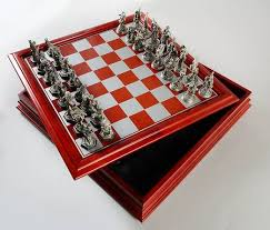fantasy chess set danbury mint fantasy of the crystal chess set at replacements ltd