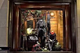 Christmas Window Decorations London by Life In The Countryside Christmas Window Displays