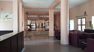formation femme de chambre chambre uniforme femme de chambre hotel hd wallpaper