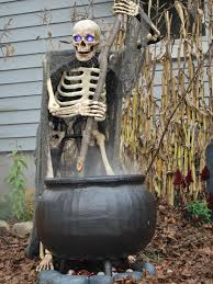 60 halloween cauldron door decoration ideas homemade halloween