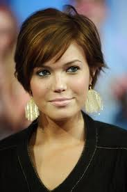 cropped hairstyles with wisps in the nape of the neck for women 35 summer hairstyles for short hair short hair shorts and short