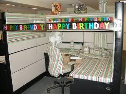 blague de bureau les 11 blagues à faire au bureau pour se faire détester de ses collègues