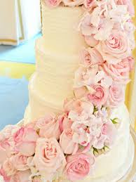 Wedding Flowers London Pink Cascade Floral Wedding Cake At Mandarin Oriental London