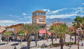 do business at desert premium outlets a simon property