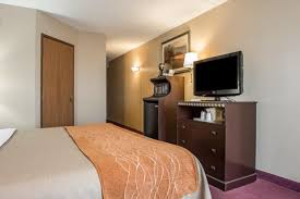 Comfort Inn Greensburg Pa New Stanton Pa Hotel Comfort Inn Official Site