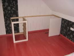 construire un bureau en bois montage du bureau en bois avec caisson de rangement bois com