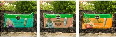 miracle gro tree u0026 shrub fertilizer spikes 12 pk walmart com