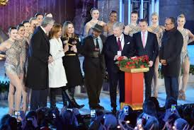 nbc tree lighting 2017 nbc annual tree lighting ceremony goes on without matt lauer deadline
