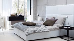 chambre a coucher blanche deco chambre a coucher blanche mobilier décoration