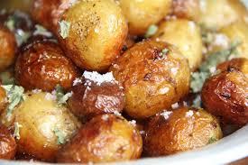 cuisiner les pommes de terre de noirmoutier sirtema de noirmoutier fleur de sel et laitue de mer de re du
