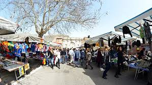 www porta portese auto it sunday morning in porta portese s market discover things to do