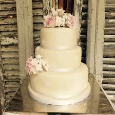 wedding cake leeds wedding cakes leeds shakey cakey