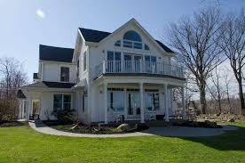 waterfront home on lake erie and eighteen mile creek near buffalo ny