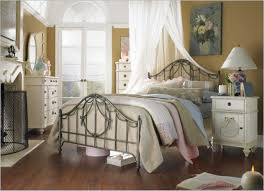 cottage style bedrooms cottage bedroom decorating ideas with fancy