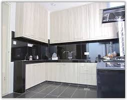 white melamine kitchen cabinets 28 how to update my kitchen cabinets updating oak frosted glass