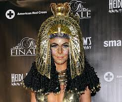 Heidi Klum Wears Cleopatra Costume Face Jewels At Haunted Holiday