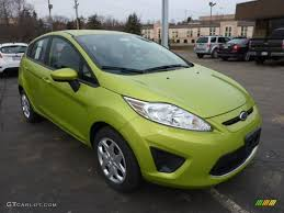 2011 lime squeeze metallic ford fiesta se hatchback 42440028