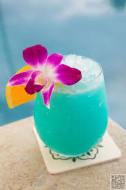 cool blue hawaiian 17 fruity alcoholic drink recipes to try