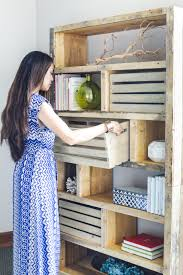 Small Rustic Bookcase Diy Rustic Pallet Bookshelf