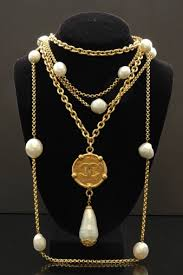 long pearl pendant necklace images Vintage chanel cc medallion with pearl pendant designer chanel jpg