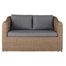 canapé de jardin 2 places canapé de jardin 2 places en résine tressée et coussins gris clair
